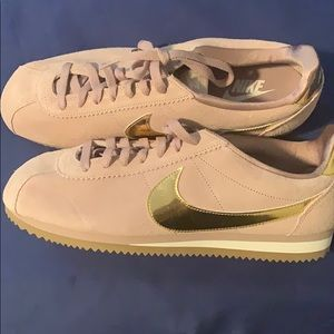 New no tag Nike Cortez